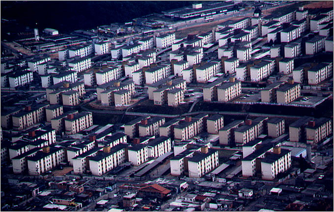 Cidade Tiradentes, anos 1980 - Foto Kazuo Nakano