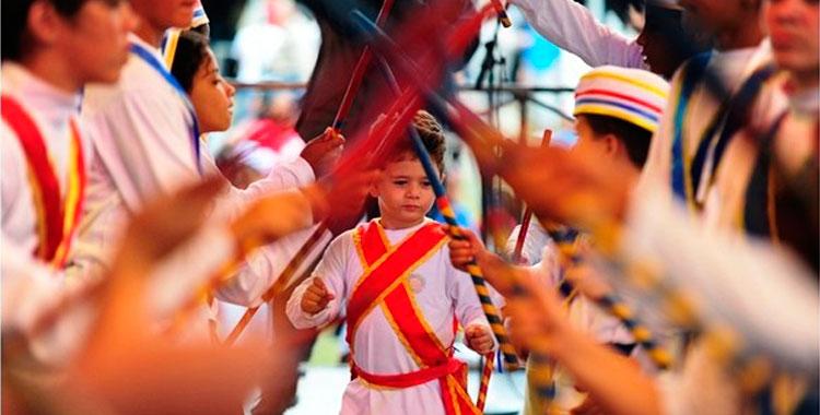 Dança de moçambique no Revelando São Paulo - Foto: Divulgação