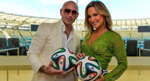 Pitbull e Claudia Leitte - Foto: Getty Images/Fifa
