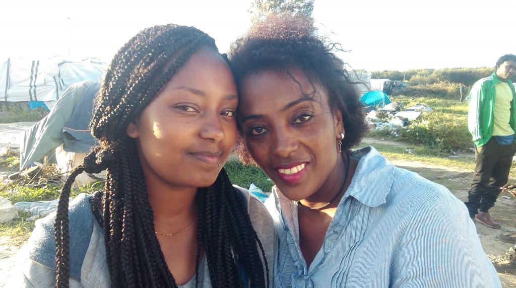 As etíopes Gigi, 27 anos, e Saba, 23 anos, as duas únicas mulheres que se deixaram fotografar durante todo o fim de semana na Nova Selva
