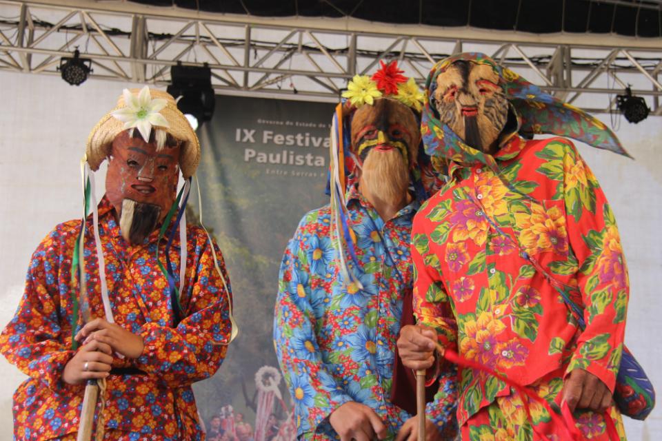Grupo de folia de reis de Valinhos, no IX Festival da Cultura Tradicional Paulista - Fotos: Jotabê Medeiros
