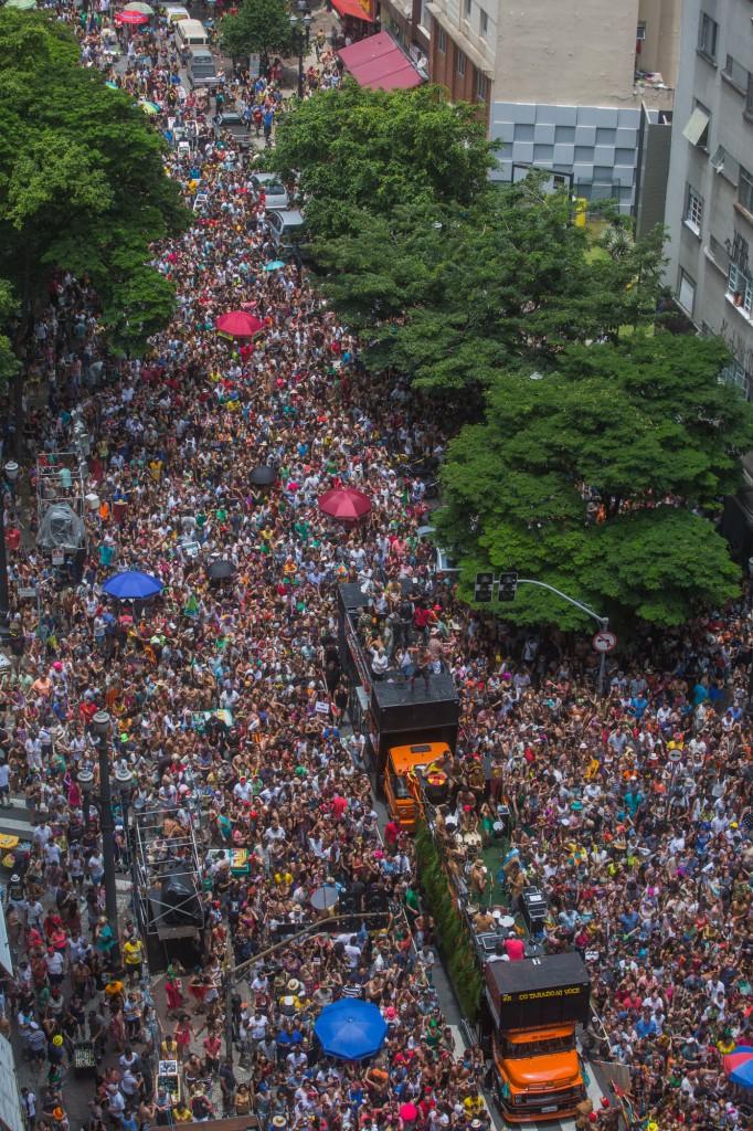 Pouca gente acompanhou os novos tropicalistas paulistanos do Tarado ni Você - foto Victor Moriyama