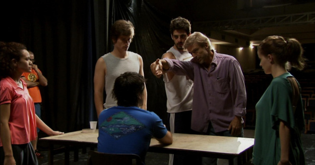 cena-do-filme-trago-comigo-1465856276681_956x500