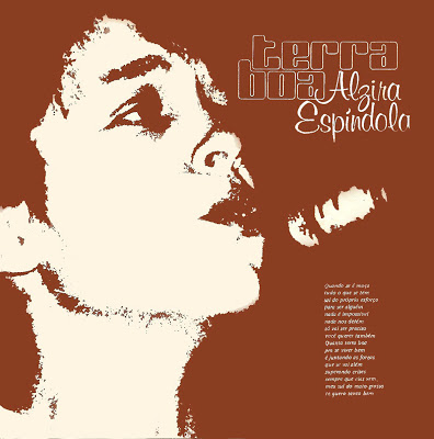 "A estreia solo aconteceu aos 26 anos, com o compacto duplo ""Terra Boa"" (1983), com tema-título de Almir Sater e ""Nossa Senhora do Pantanal"""