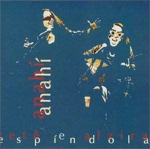 """Entre os clássicos caipiras e fronteiriços de """"Anahí"""" (1998), """"Chalana"""", """"Meu Primeiro Amor"""", """"Mágoas de Caboclo"""", """"Siriema"""", """"Sertaneja"""",  """"Índia"""", """"Galopera"""""""